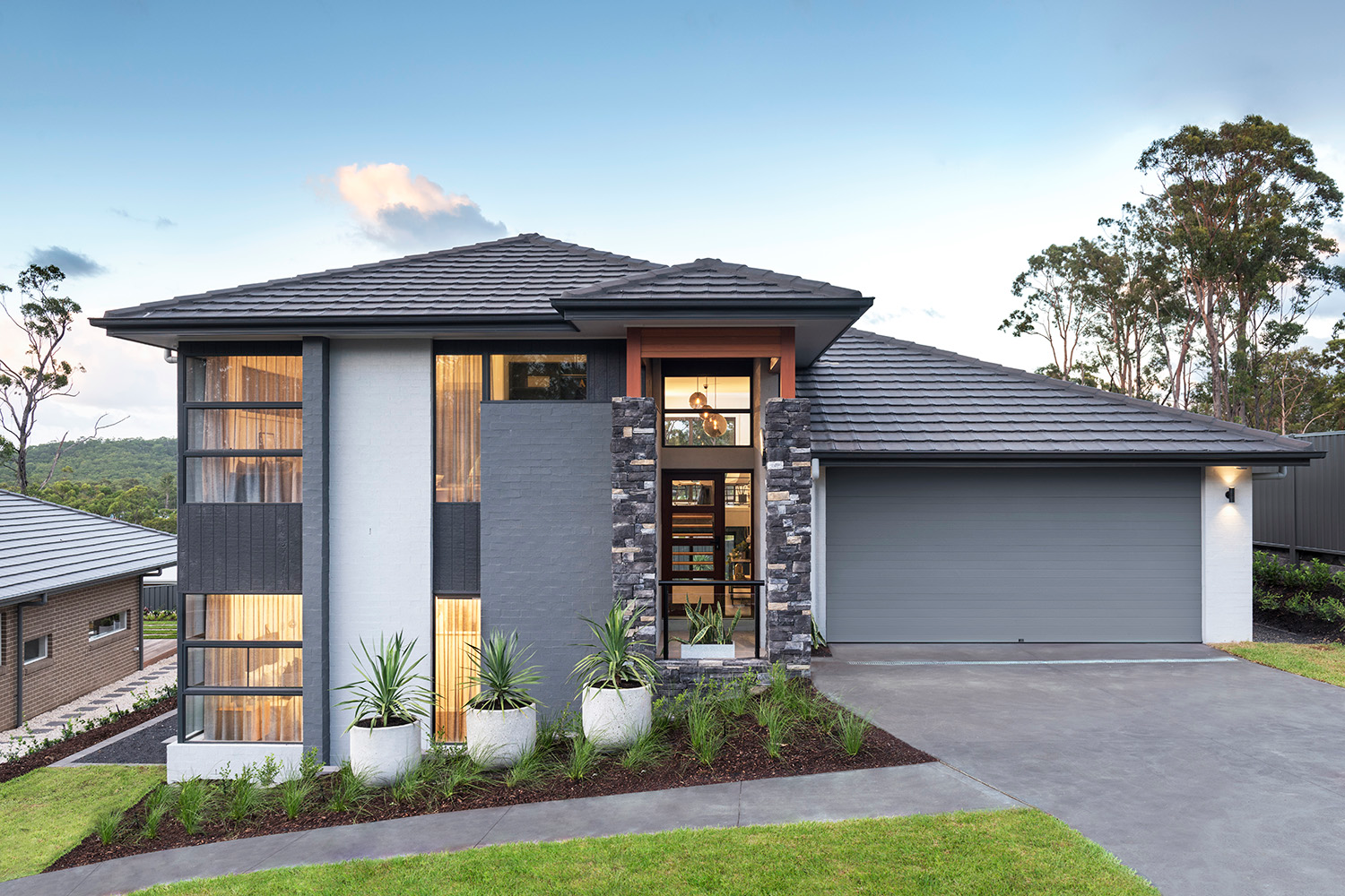Montgomery-Homes-San-Remo-Benefits-of-a-sloping-block