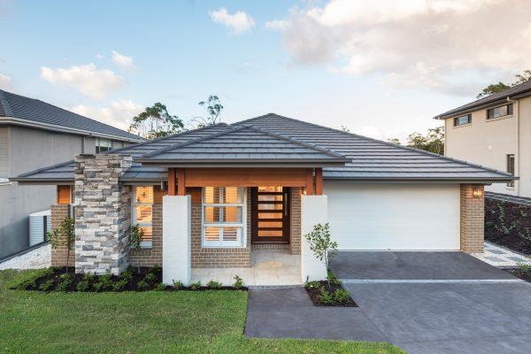 Avalon 242 display home in Teralba