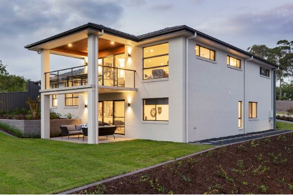 montgomery-Homes-San-Remo-Benefits-of-a-sloping-block-BACK